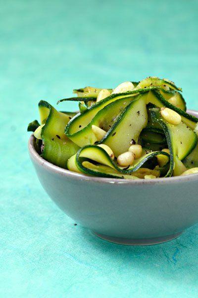 Insalata di zucchine e pinoli