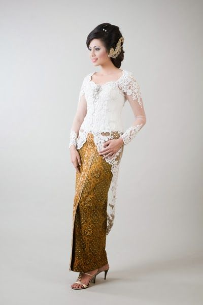 Wedding Dress Kebaya Simple White | Jaya Kebaya: Sale Kebaya Modern|Wedding Dress Kebaya|Fashion Kebaya|Kebaya Modern Indonesia
