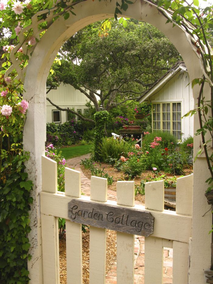 THE FAIRYTALE COTTAGES OF CARMEL- A SLIDESHOW | Once upon a time..Tales from Carmel by the Sea