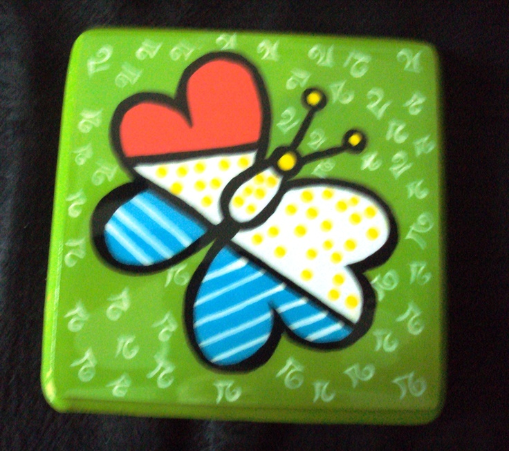 cup holder painted in Britto style