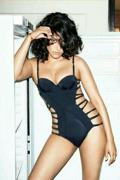 Shruthi Hassan hot@lingerie