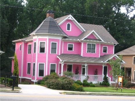 Pink house: Dreams Home, Barbie Dreams Houses, Pink Victorian, Barbie Girls, Real Life Barbie Houses, Dream House, Houses Pinkhous, Pink Houses, Victorian Houses