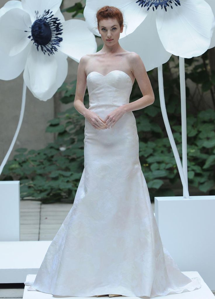 Cool Lela Rose Fall ivory trumpet sleeveless wedding dress with sweetheart neckline https
