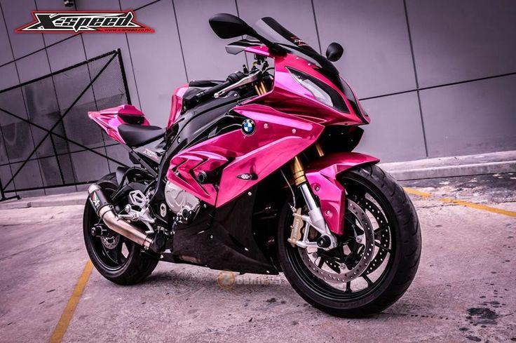 BMW S1000RR 2015 màu hồng chrome đầy nổi bật của nữ biker Thái | Show xe - 2banh.vn