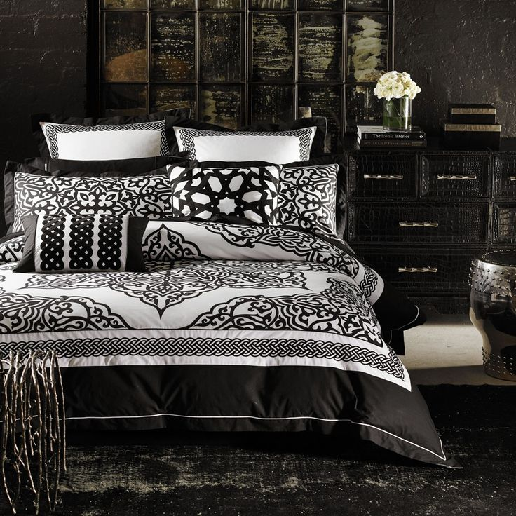 Khalo Duvet Cover Set by Alex Perry - Queenb