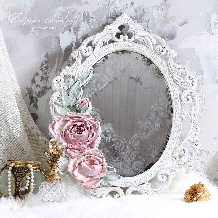 Напоминаю что в данный момент в предыдущем посте проходит аукцион на это состаренное зеркало. Осталось менее часа, аукцион заканчивается в 14.00 #евгенияермилова #аукцион #декоративнаяштукатурка #цветы #объемнаяживопись #sculpturepainting ##mirror #зеркало #зеркала #mirrors #провансстиль #прованс #ручнаяработа #handmade #provencestyle #shebby #шебби #шебби_шик #dekor #sculpturepainting #скульптурнаяживопись #basrelief #painter #goldleaf #dekorasyon#sculpturalpainting #design #wallclock