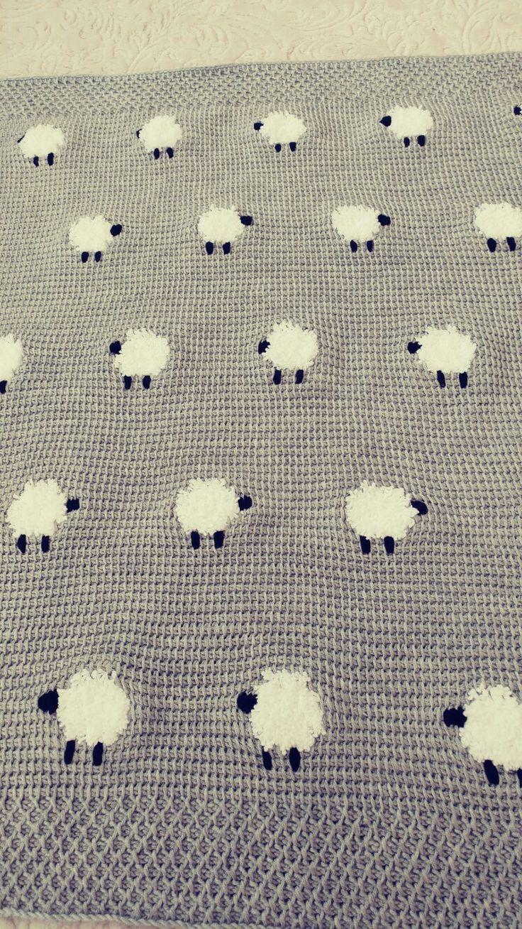 Tunus işi kuzulu bebek battaniyesi