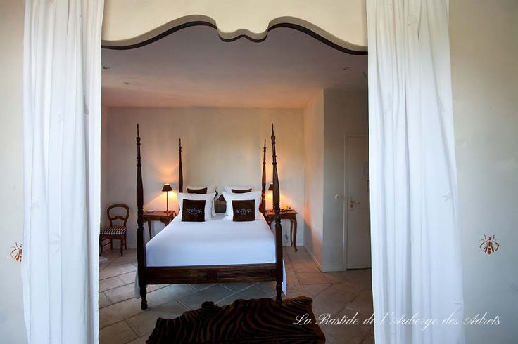 Wedding venue in France #weddinginfrance #Provence #love #fiancées #chicwedding #bedroom #auberge