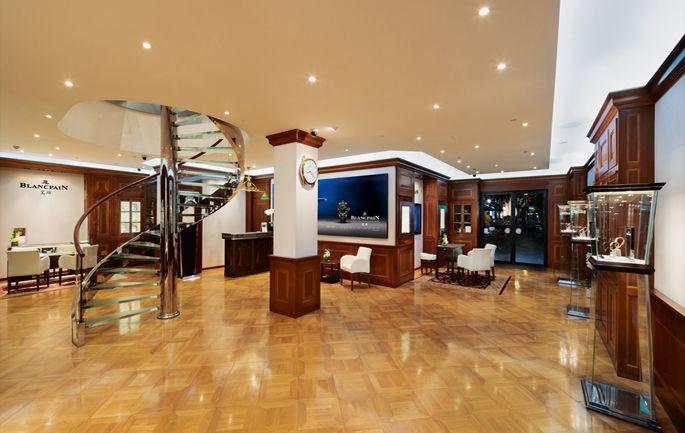 Cum arata cel mai mare magazin Blancpain. --> Citește mai multe pe www.luxul.ro