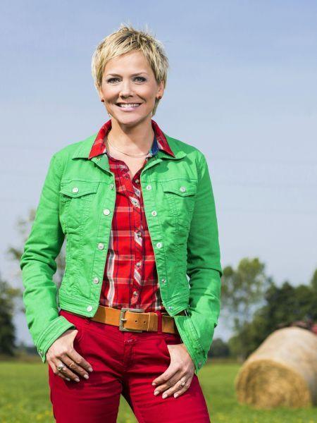 """Seit zehn Jahren moderiert sie erfolgreich die RTL-Serie """"Bauer sucht Frau"""". In dieser Zeit konnte sich Inka Bause (45) auch so einiges"""