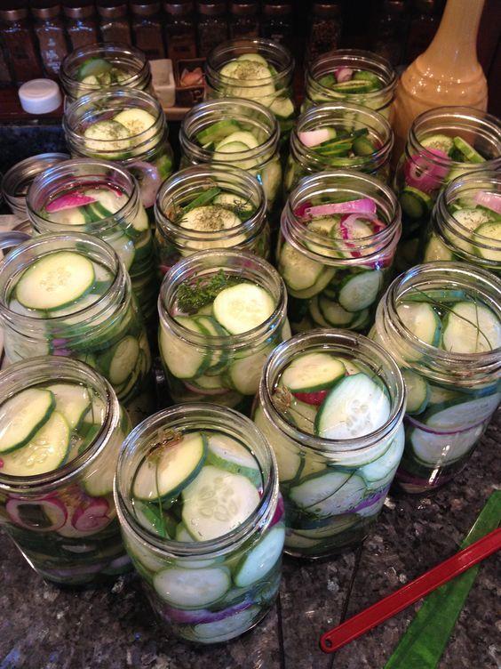 Crisp garlic dill pickles. Easy canning recipe.