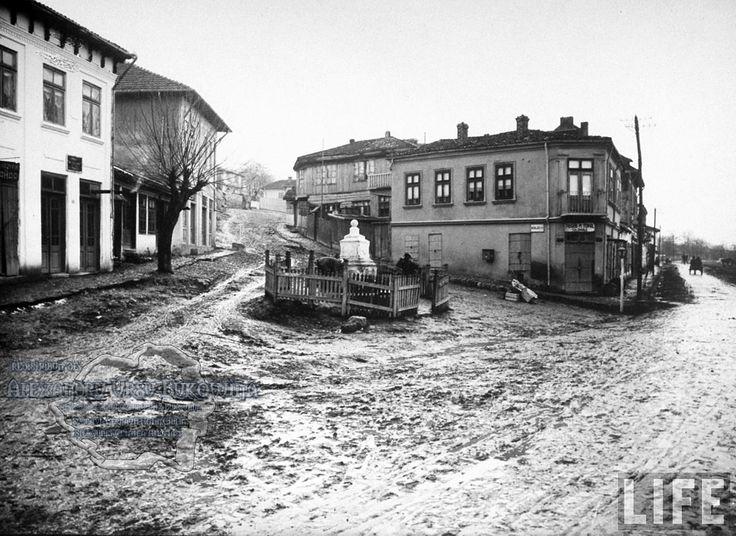70.Turtucaia.Muddy streets in town square.