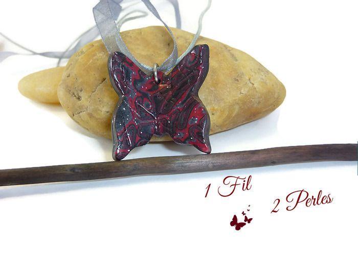 Collier Pendentif Papillon Rouge, Noir et Gris : Pendentif par 1-fil-2-perles