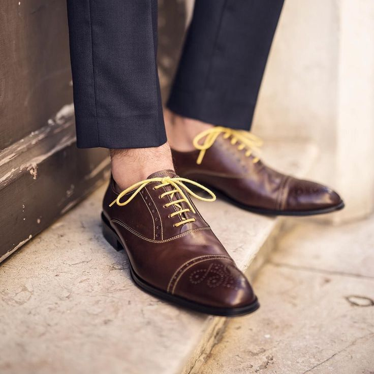 You gotta love these '48 by Richard Half Brogue Oxfords from @undandyshoes.  #Bespoke #handmade with Rough Brown Calf-Leather, finished with Yellow  laces and ...