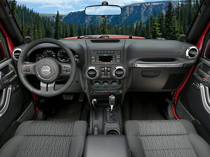 Jeep® Wrangler Rubicon offers a beautifully crafted