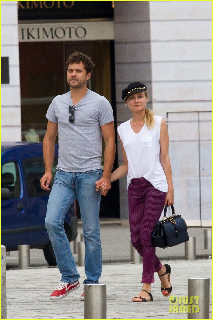 Name:  diane-kruger-joshua-jackson-carnival-couple-in-paris-05.jpg Views: 12552 Size:  256.4 KB