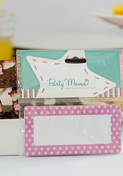 SHOP Party Mama http://www.partymama.com.au/sticker-name-tags-pink-dots-sticker-name-tag-set-p-21.html Pink Kids Party Ideas | Pink Dots Sticker Tags- Set of 15 $6.95