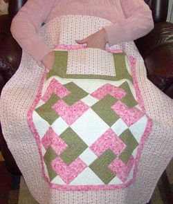 Lovie Lap Quilt With Hand Quot Warmers Quot And Pocket Pattern