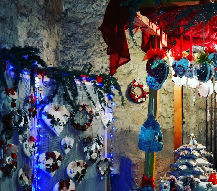 Perugia: Christmas at Rocca Paolina, a Renaissance fortress of which only a bastion remains today and that was acquired by the pope Paolo III in 1540, are marks of the Renaissance.