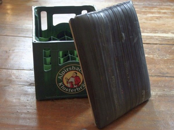 Beer crates stool | Recyclart