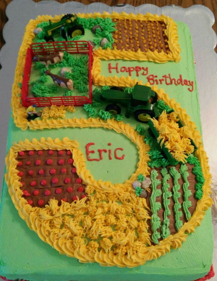 John Deere cake!  Picture only no directions!