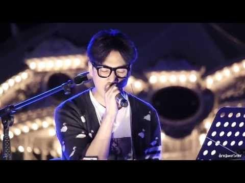 정준일 - 말꼬리 + 고요 + 제주도푸른밤 : 판교 현대백화점 X GMF 20150909 - YouTube