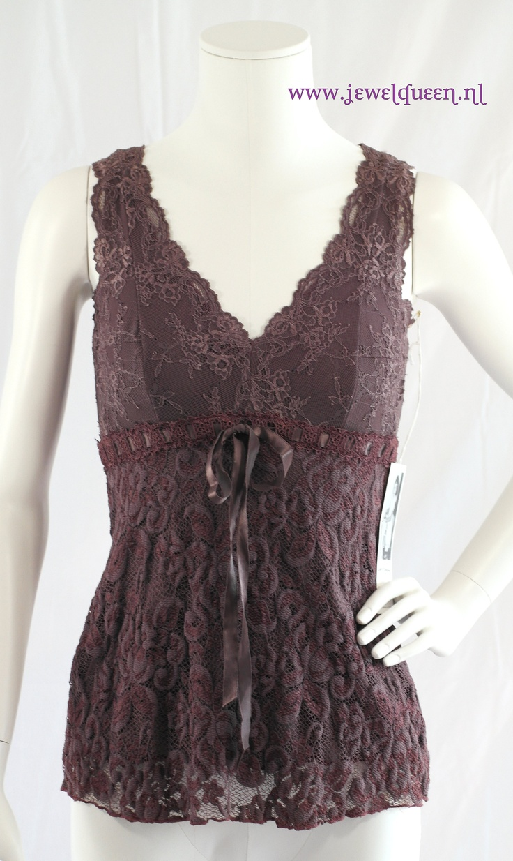 ANN FERRIDAY, lace v-neck cami, one size fits most                                        WWW JEWELQUEEN NL