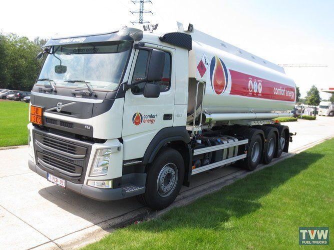 VOLVO fuel truck   https://autoline.info/-/sale/fuel-trucks/VOLVO---16062522430594698100