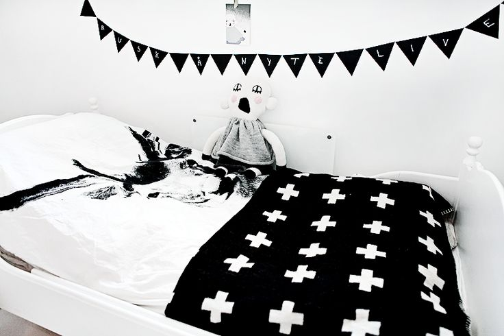 muursticker vlaggetjes om op te krijten, By Nord dekbedovertrek, zwart wit   Kids room