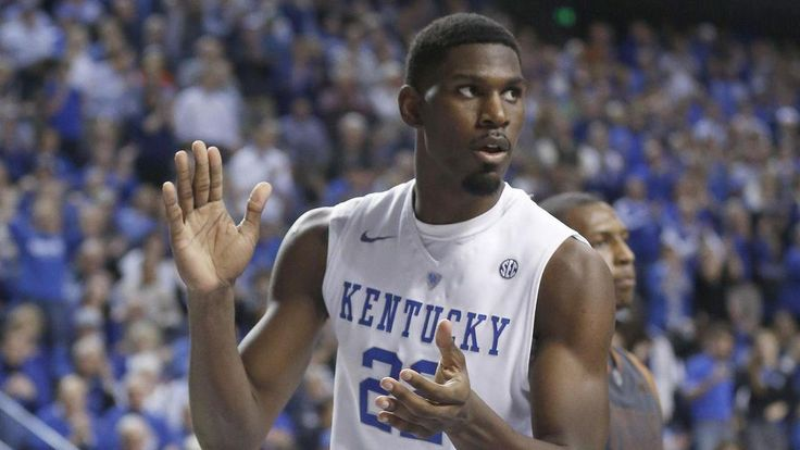 Kentucky Wildcats Basketball Roster and Numbers Set for 2015-16 College Basketball Season http://trove.com/me/content/snkYt?utm_campaign=hosted&utm_medium=twitter&utm_source=sns&ts=1440933162…