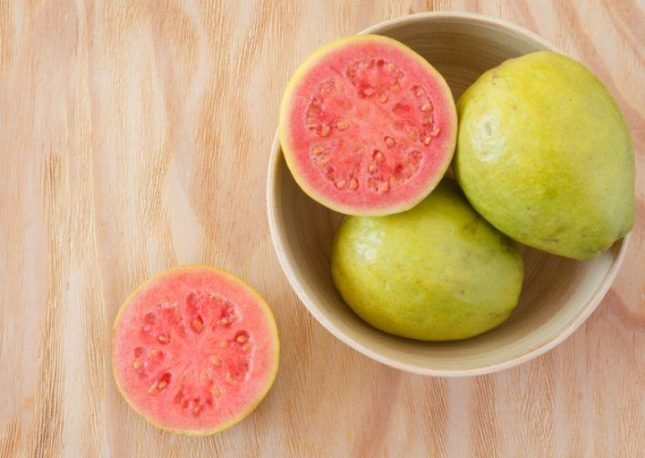 Frutas que eliminan los procesos virales  #Afeccionesvirales #Cítricos #frutas #Frutascarnosas #gripe #Jugodefrutas #malestares #sistemainmunológico #vitaminas http://us.emedemujer.com/bienestar/salud-lifestyle/frutas-que-eliminan-los-procesos-virales/