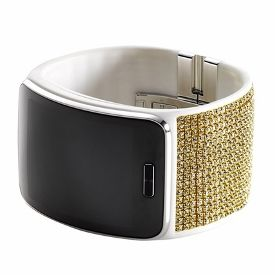 Samsung Gear S Gets Swarovski Treatment - bling, bling...