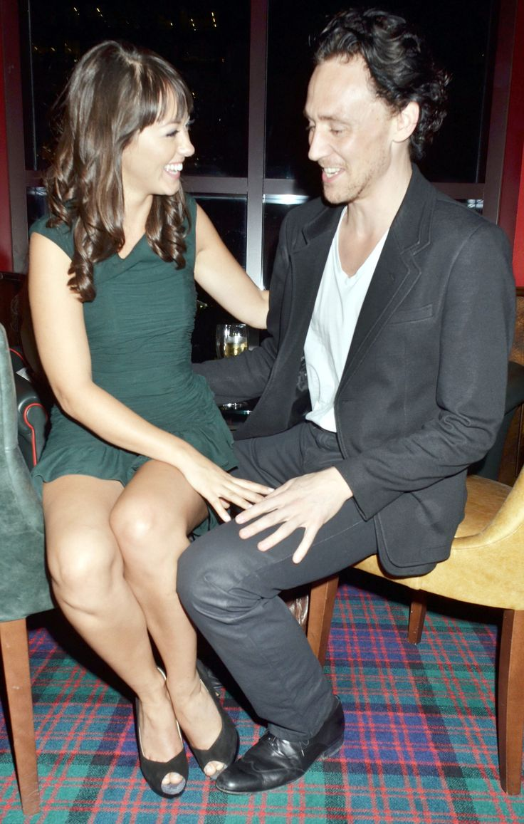 Tom Hiddleston and Susannah Fielding attend the 'First Night' Premiere on October 4, 2011 [HQ]