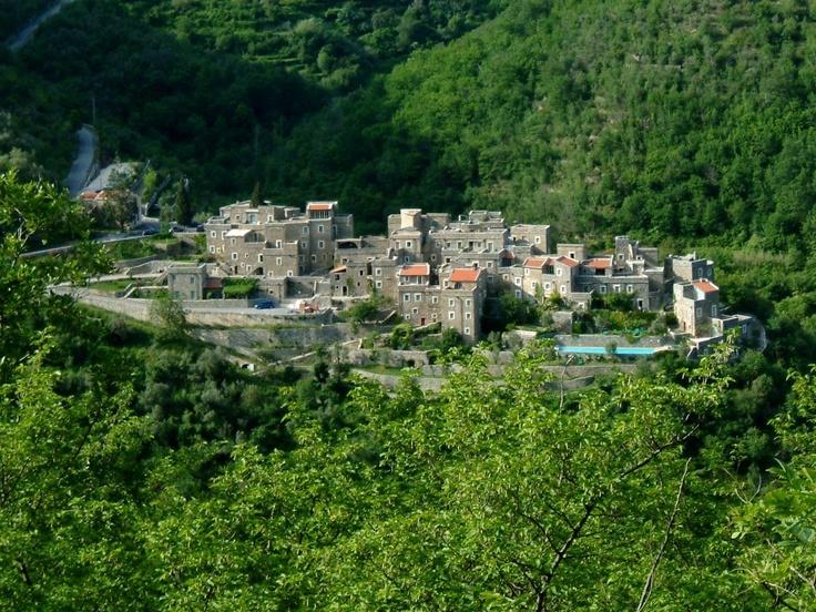 Colletta di Castelbianco - the village