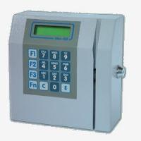 Relógio de ponto  MAC-103, o relógio de ponto perfeito para sua empresa  O relógio de ponto modelo MAC-103 é informatizado e possui gabinete de metal, disponibiliza ao consumidor memória de 128Kb a 640Kb. O display do relógio de ponto modelo back light possui duas linhas e 16 colunas com teclado multifuncional.