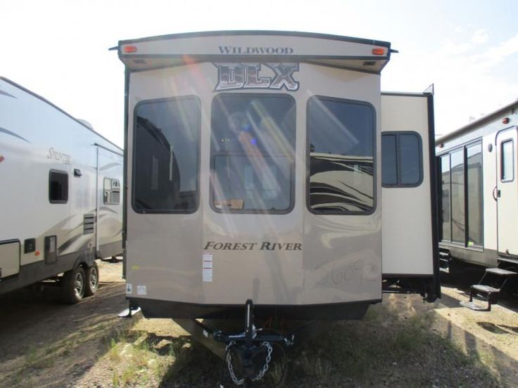 New 2017 Forest River RV Wildwood Lodge 400RETS Park Models at Sunridge RV | Radisson, SK | #SUN1169