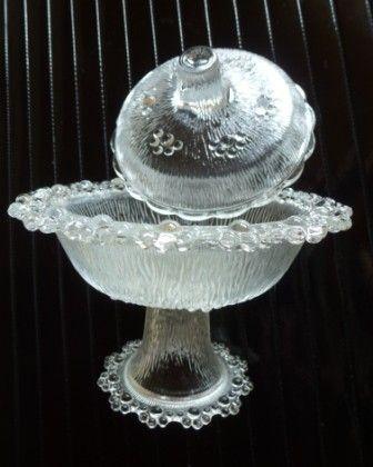Glasschale mit Deckel von stones_08_13 auf DaWanda.com