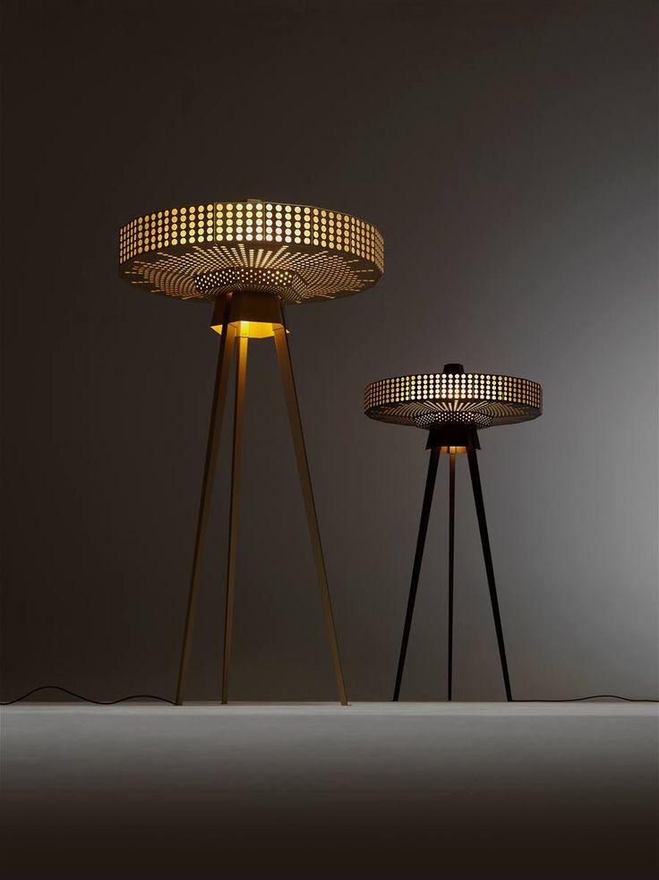 Floor lamp Yukiko. Design Roderick Vos.
