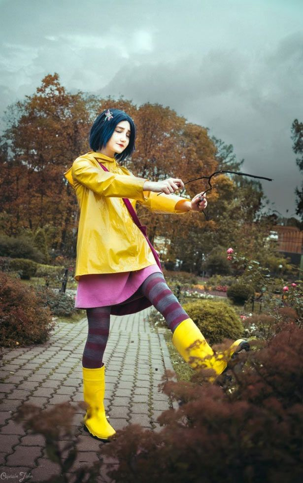 Diy Coraline Costume Ideas Tutorial For Halloween Maskerix Com Coraline Halloween Costume Coraline Costume New Halloween Costumes