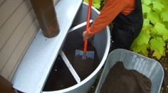 Toilette seche à compost réservoir