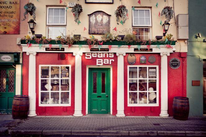 Bar na Irlanda tem 1100 anos e é o mais velho do mundo