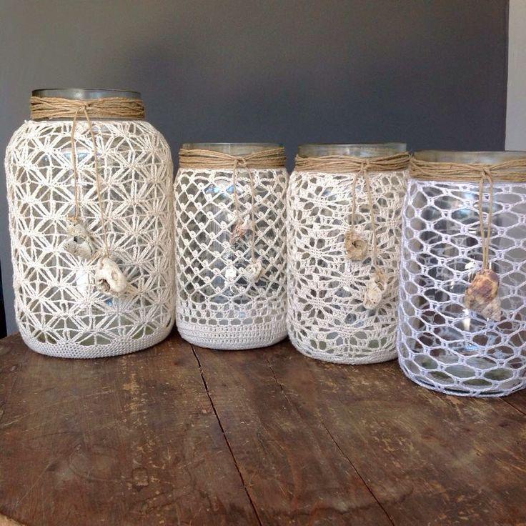 Portavelas tejidos en crochet con bote de cristal