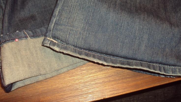 spijkerbroek korter maken met orginele zoom.