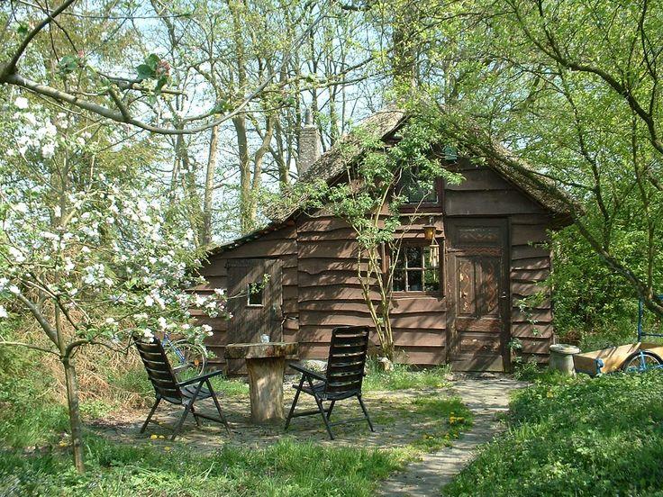 http://www.uelenspieghel.nl. het heksenhuisje voor 2 personen in drenthe.