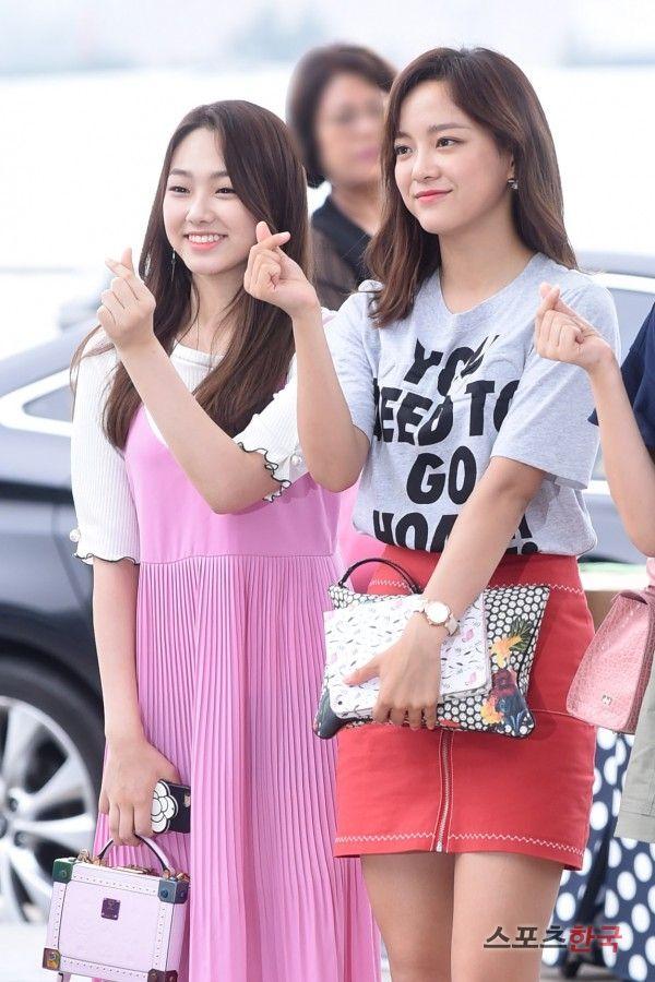 GUGUDAN - Kim SeJeong 김세정 & Kang MiNa 강미나 170712 commute  #세정 #갓세정 #미나 #과즙소녀 #Gu9udan