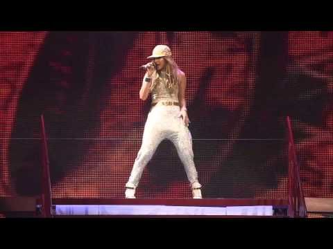 "Taylor Swift and Jennifer Lopez - Red World Tour - Staple Center - Los Angeles, CA. - August 24, 2013. - ""Jenny From The Block"" - YouTube"