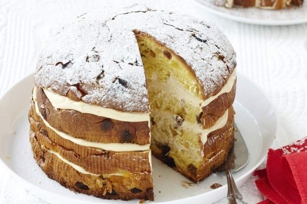 Curtis' Tiramisu Christmas Cake by Curtis Stone. Christmas entertaining couldn't be easier with Curtis Stone's quick & easy panettone desert recipe. What you need: 500 g mascarpone cheese 1/2 cup vanilla custard 2 tbsp marsala 750 g Italian panettone Icing sugar, for dusting