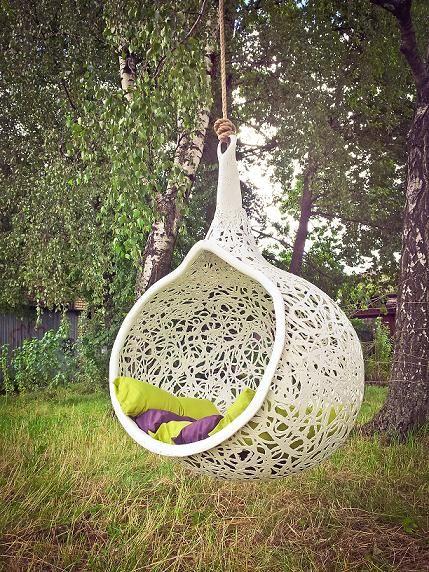 Manu Nest w kolorze białym. Ekskluzywny mebel z lawy wulkanicznej.