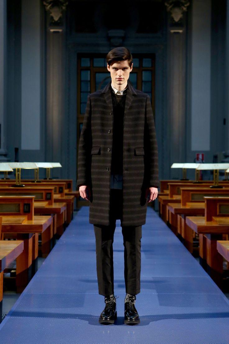 No-21: fall 2014 menswear fashion show. Original to Vogue.com slideshow: https://www.vogue.com/fashion-shows/fall-2014-menswear/no-21/slideshow/collection#16
