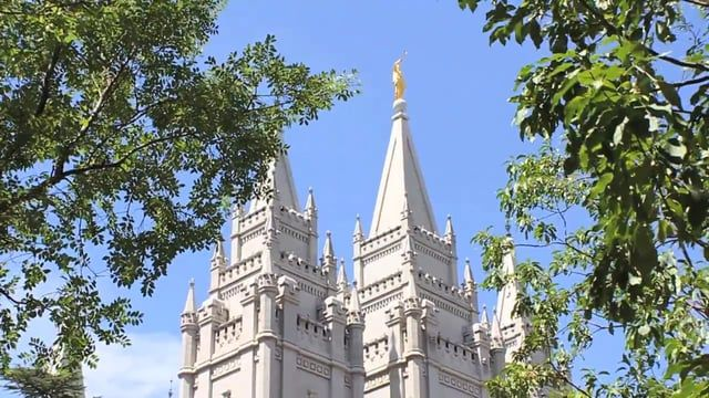 Utah Wedding Video - Salt Lake Temple - Patricia and Alan - Amber Lewis Videography - www.amberlewisvideography.com